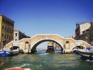 Puente de los tres arcos